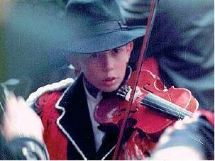 Da «sonadùr» al Carnevale a concertista